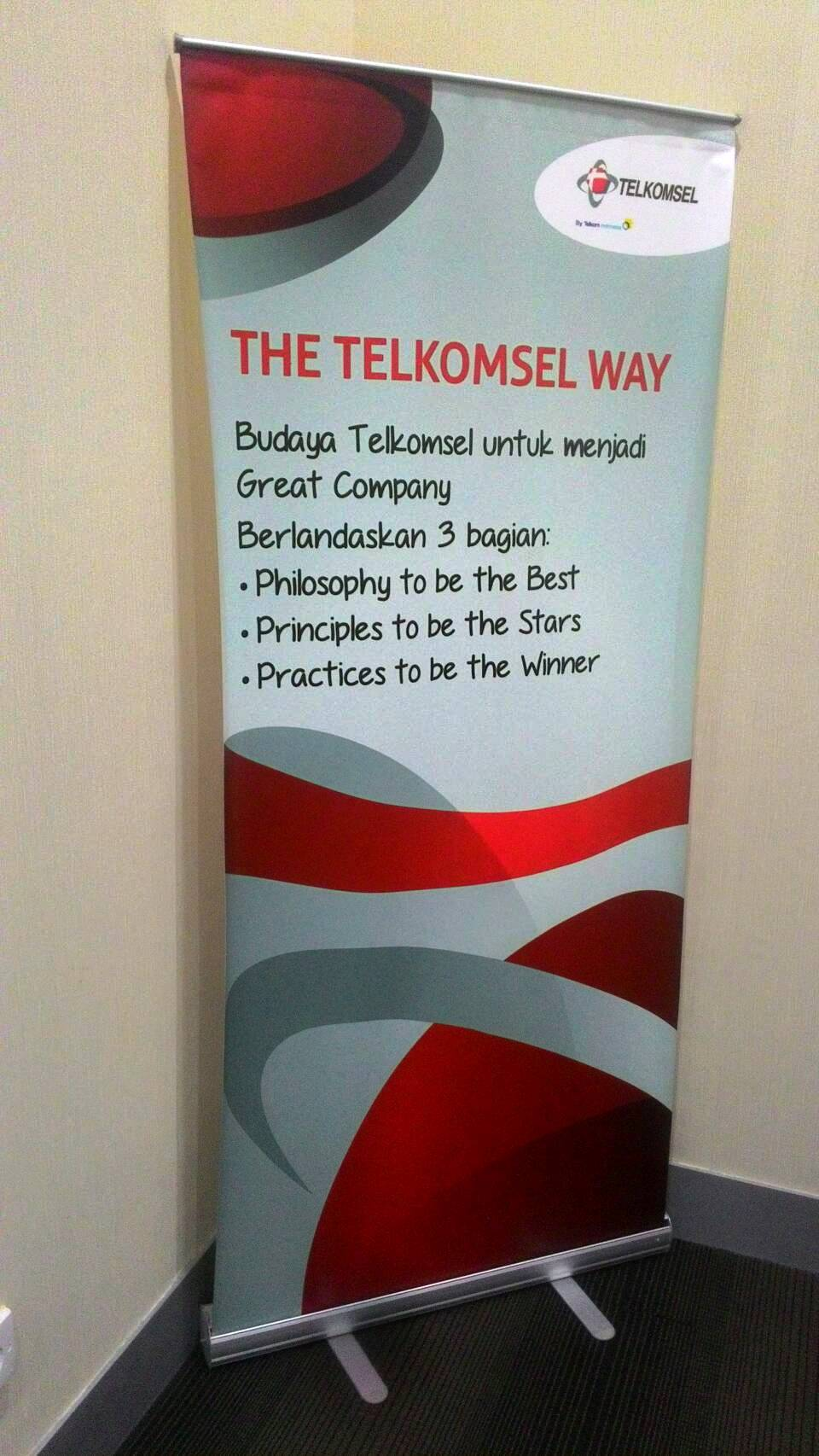 Telkomsel, telkom, as, simpati, facebook, loop, pulsa, mkios, data