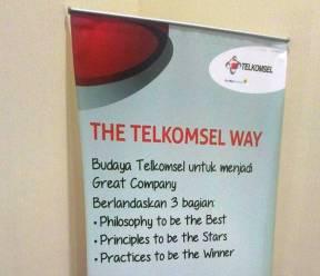Telkomsel, Telkom Indonesia, as, simpati, loop, facebook
